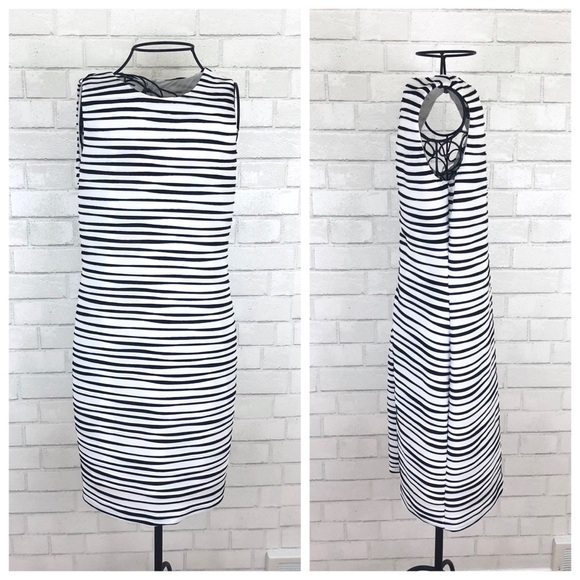 Calvin Klein Dresses & Skirts - Calvin Klein White & Black Sleeveless Sheath Dress
